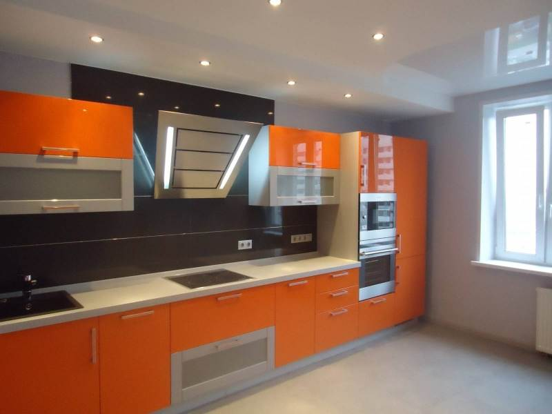Ремонт кухни, актуальный дизайн кухни, яркая кухня