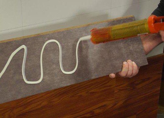 Монтаж ламината на клей, укладка ламината, монтажный клей, ремонт