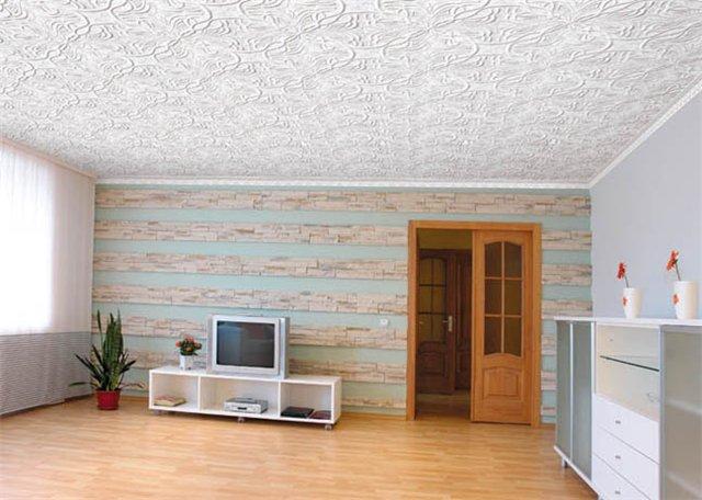 ремонт, плитка на потолок, отделка потолка плиткой, ремонт в комнате