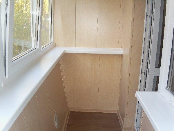 ремонт в квартире, отделка стен пластиковыми панелями, балкон, пвх панели на балконе