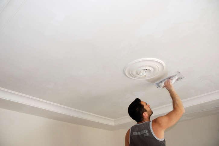 ремонт потолка, окрашивание потолка, шпаклевка, выравнивание потолка